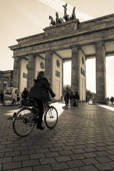 Berlin, Brandenburger Tor | Brennweite: 25mm | Blende F10 | Belichtungszeit: 1/250 Sek | ISO 200