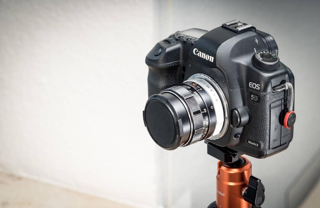 Mein altes Fujinon-W 1:2.8/35 an meiner Spiegelreflexkamera (Canon EOS 5D Mark II)